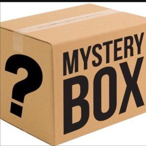 Mystery Reseller Box